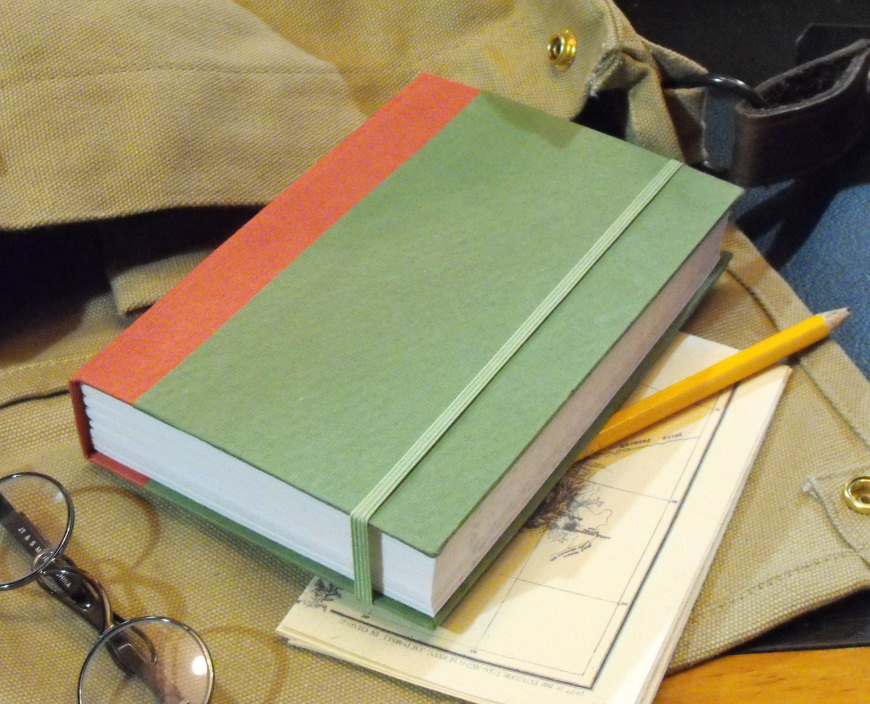 Vintage Notebook (green/red)